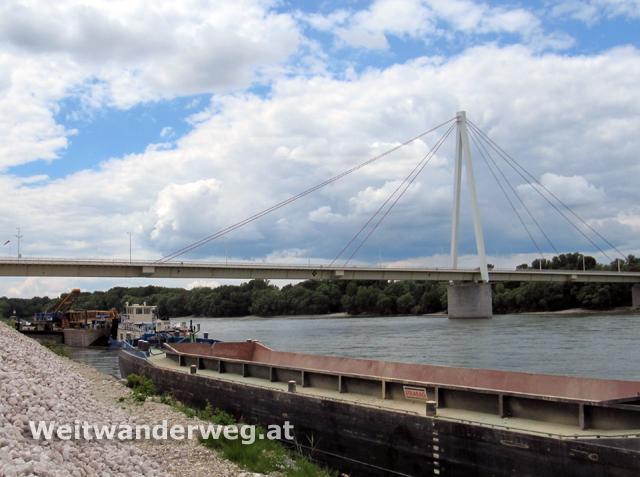 Donaubrücke Hainburg Niederösterreich