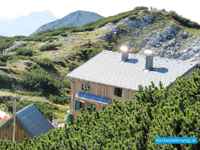 Die Die Rieder Hütte auf dem Höllengebirge in Oberösterreich