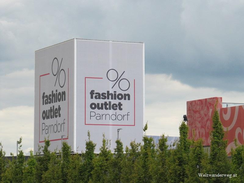 fashion outlet Parndorf