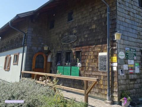 Öhler Schutzhaus im Schneebergland