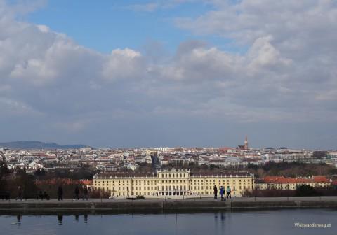 Ausblick von der Gloriette im Schloßgarten Schönbrunn