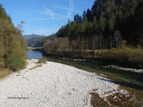 Fluss Ybbs bei Gstadt