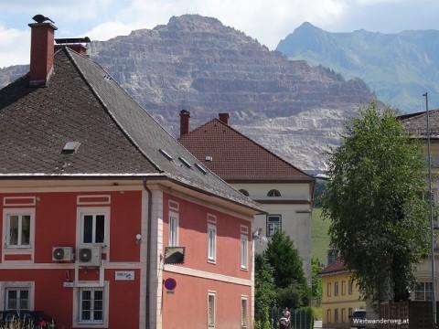 Stadt Eisenerz  mit Erzberg und Eisenerzer Reichenstein mit Reichensteinhütte