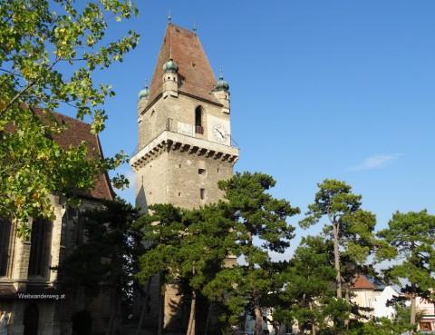 Wehrturm auf dem Marktplatz von Perchtoldsdorf