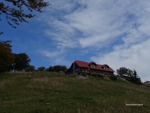 Die Traisnerhüüte auf der Klosteralpe in den Türnitzer Alpen