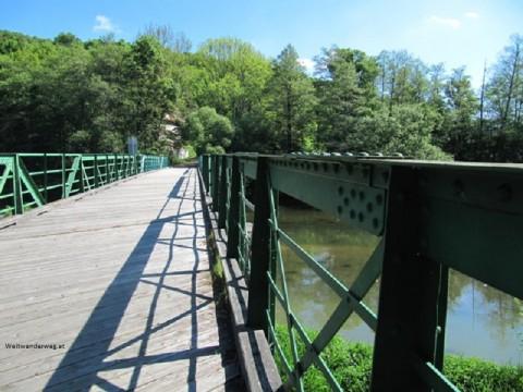 Thayabrücke über die Thaya nach Tschechien in Hardegg