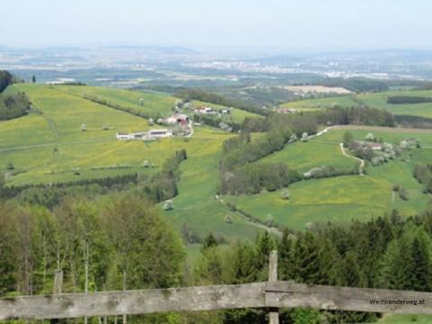 Ausblick von der Kaiserkogelhütte auf dem Kaiserkogel im Mostviertel, Blick nach Norden