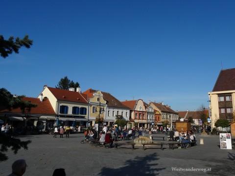 Hauptplatz von Koeszeg, Ungarn